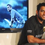 MS Dhoni shows calm composure before World Cup