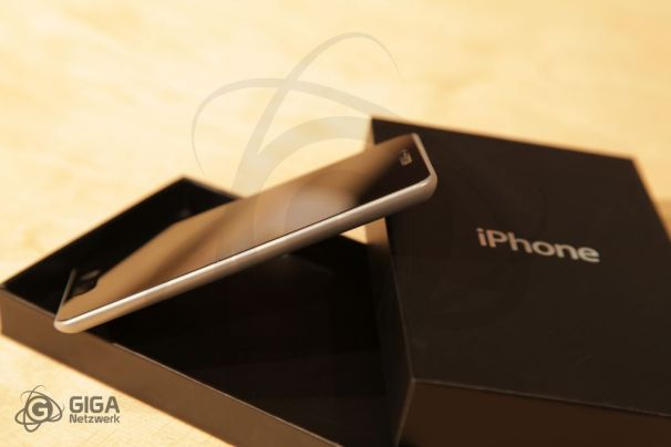 iPhone 5 Prototype created and designed by Giga Network