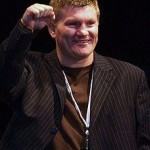 Amir Khan's Tactic will give Mayweather A Dilemma says Ricky Hatton