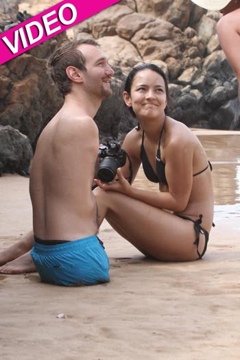 Nick Vujicic and Wife Honeymoon in Hawaii