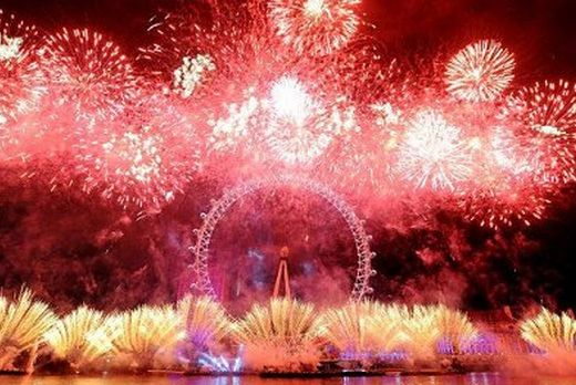 2013 New Year Fireworks Display Video