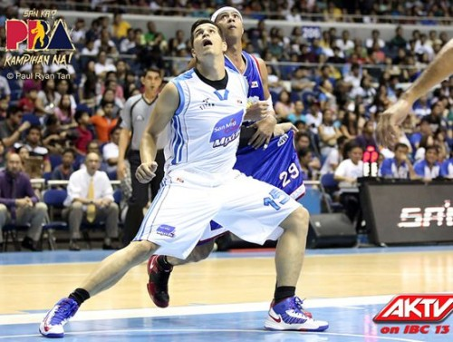 San Mig Coffee vs. Petron Game 1