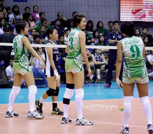La Salle Lady Spikers Defeated UST Tigresses Leads UAAP Volleyball