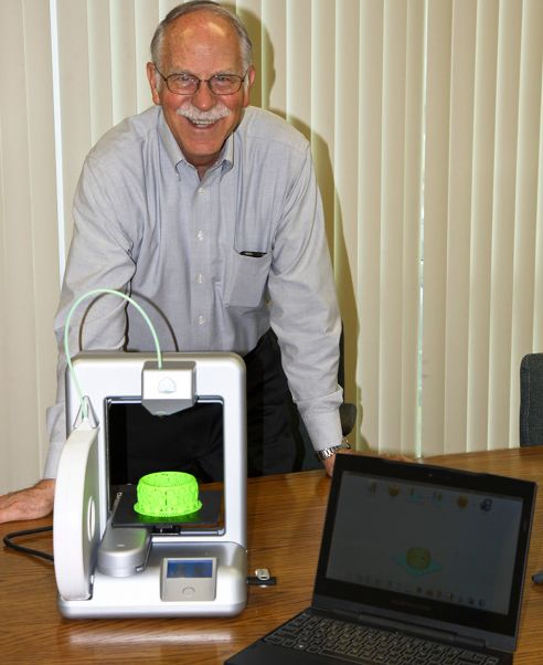 Chuck hull 3d printing inventor inducted into hall of for Who invented the 3d printer