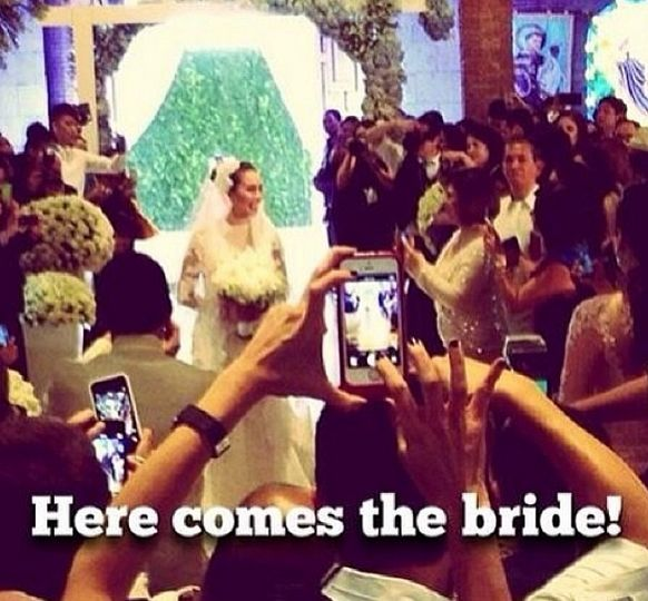 Meanwhile, here are the members of Karylle and Yael Yuzon's Wedding