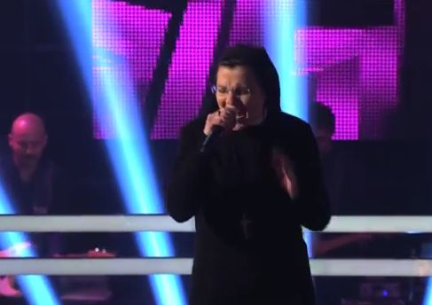 "Sister Cristina Scuccia Sings ""Girls Just Want to Have Fun"" on The Voice Italy (Video)"