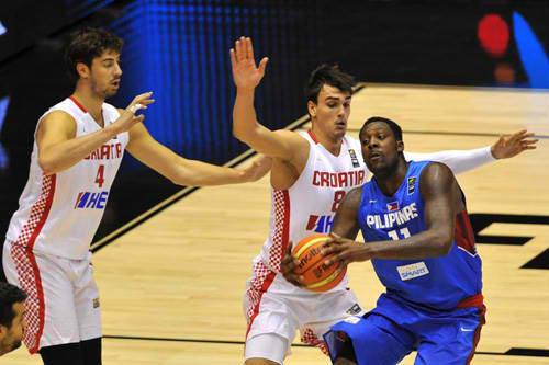 Gilas Pilipinas' Andray Blatche Suffers from Knee Injury