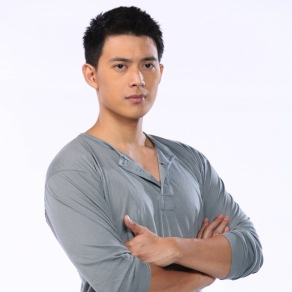 "Mike Tan Does Not Want To ""Replace"" Aljur Abrenica"