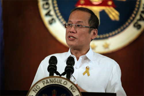 PNoy signs resolution to review coal energy policy