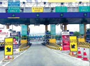 "SLEX, Skyway & Star Tollway ""Free"" on Christmas Eve & New Year's Eve (2014)"