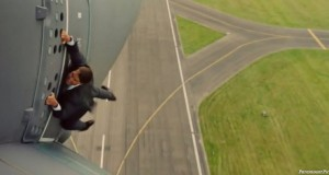 "Tom Cruise Movie ""Mission: Impossible"" Trailer Released Online (Video)"