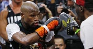 Mayweather Says Boxing 'Not Fun' Anymore, Giving Hint Of Retirement