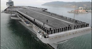 US to 'Show Force' Through its Supercarrier in Asia