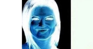 This Optical Illusion Turns Negative Face Into Beautiful Woman.