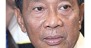 VP Binay Reacts to Aquino's Sisters' Fallen Support