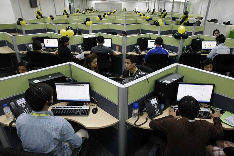 Call Center Agents To Save P28K Under DOF Proposal Tax Reform Plan