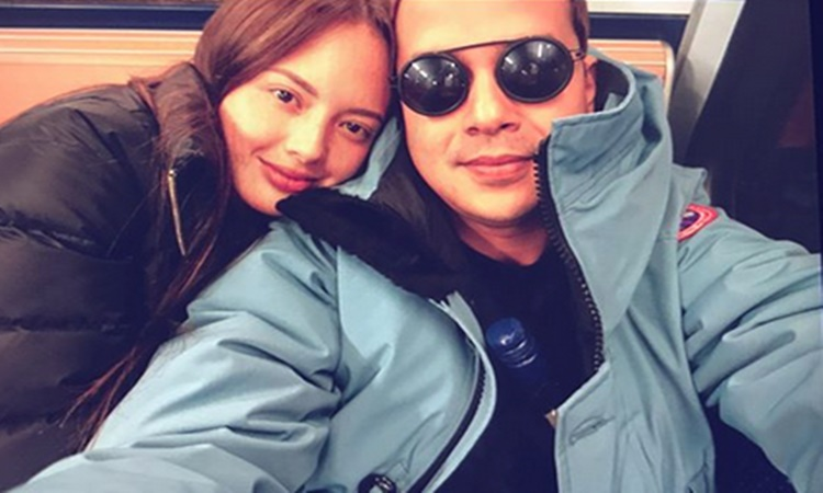 John Lloyd Spotted Riding Jeepney