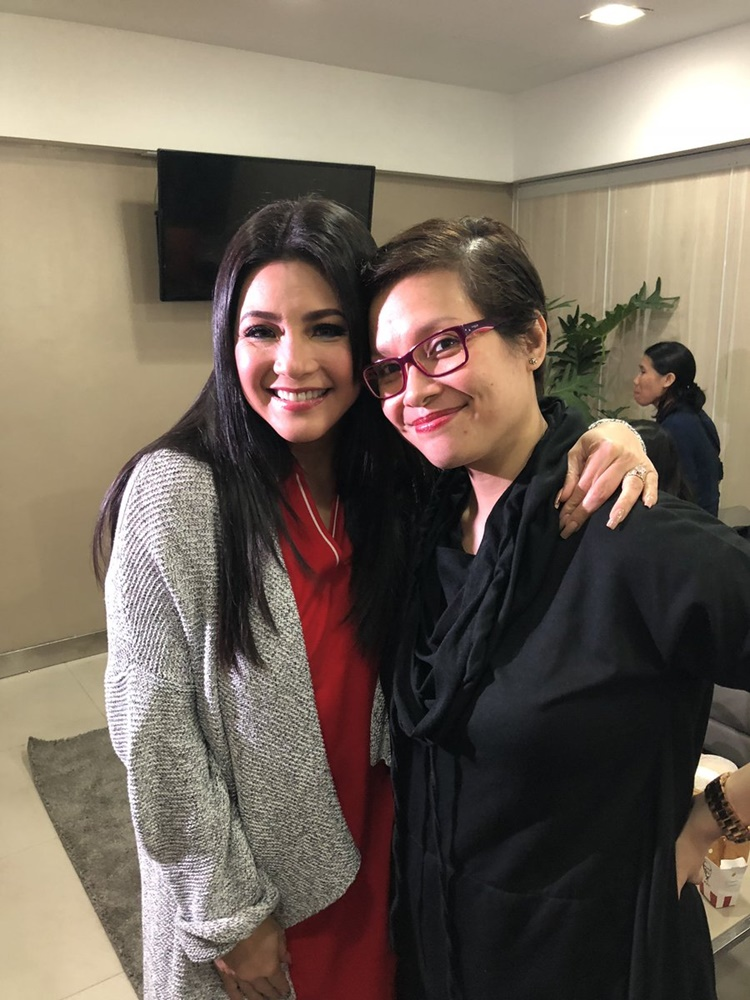 Lea Salonga and Regine Velasquez in one Photo