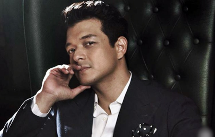 Jericho Rosales rushed to ER