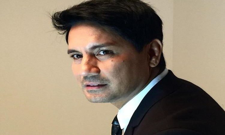 richard gomez 2
