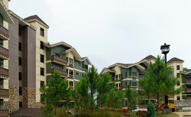 Crosswinds resort suites one of tagaytay 39 s breathtaking - Crosswinds tagaytay swimming pool ...