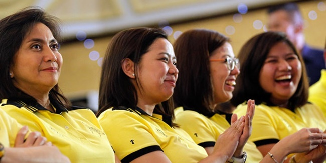 Robredo Sisters and Leni 1