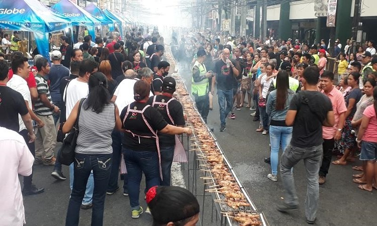 bacolod-city-chiken-inasal-festival