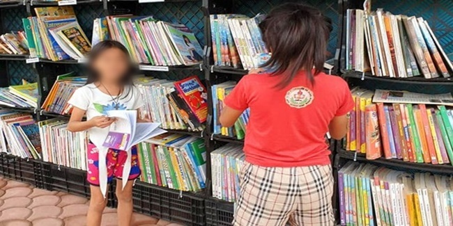15-year-old Student Davao City mini library
