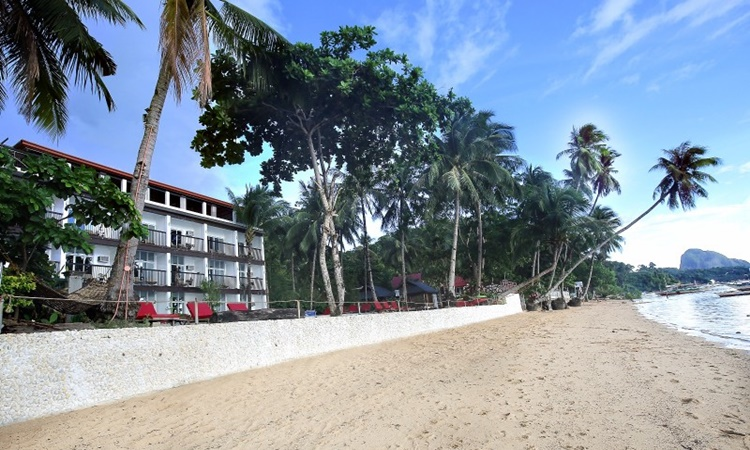 Doublegem Beach Resort