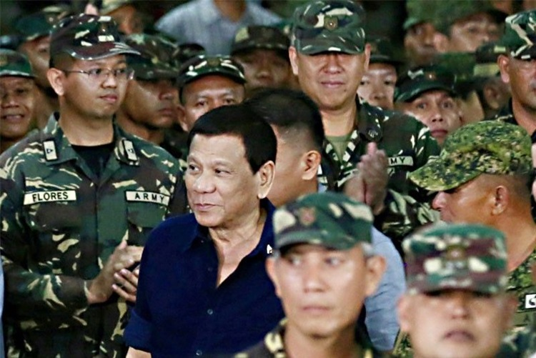2 Town Mayors & Visayan Army Support Martial Law in Negros Oriental