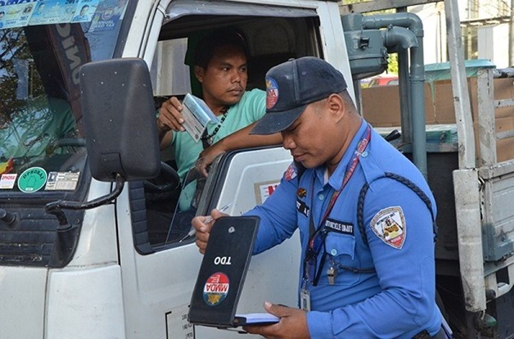 driving-without-license-philippines-3