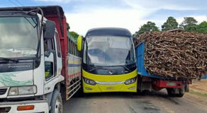 PHOTOS: Ceres Bus In Between Two Trucks In Linaon, Cauayan
