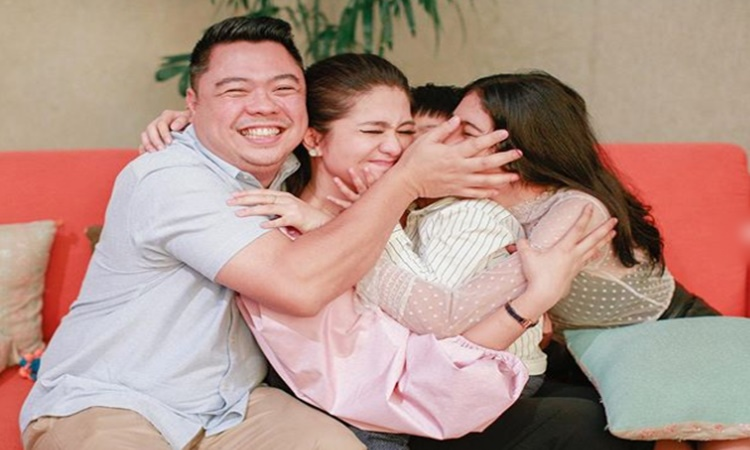 dimples-romana-family