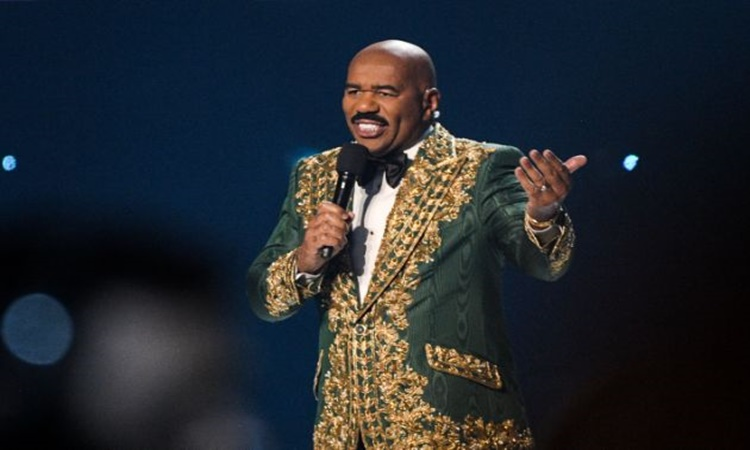 Steve-Harvey-at-Miss-universe-2019-1