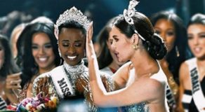 Catriona Gray said this to Zozibini Tunzi while putting Miss Universe Crown