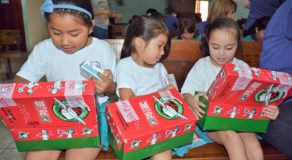 PERA O LARUAN: What's the Best Gift for Children During Christmas Season?