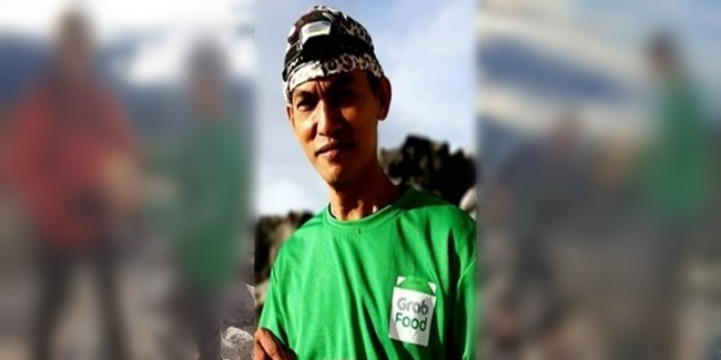 Grab Food Delivery guy mt. Apo 3