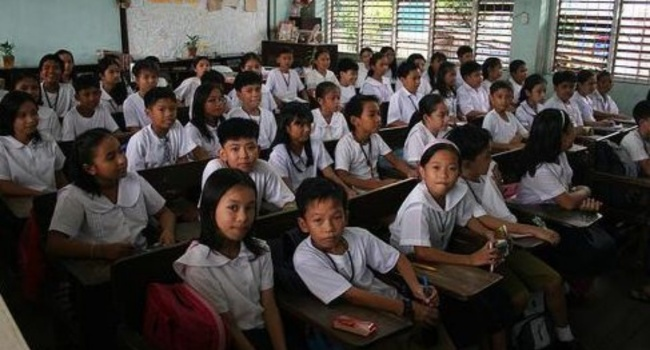 Duterte Approves Review Of K to 12 Program - Philippine News