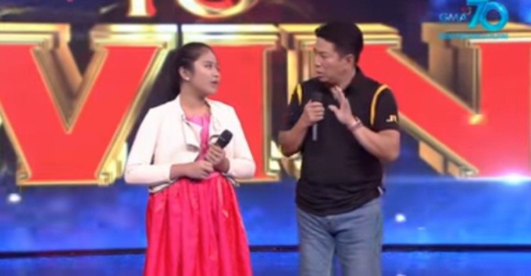 Willie Revillame stops Wowowin contestant