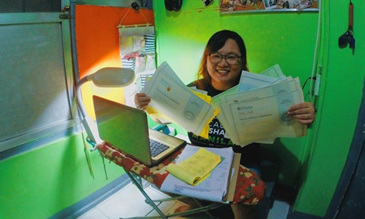 filipina finished 20 online courses