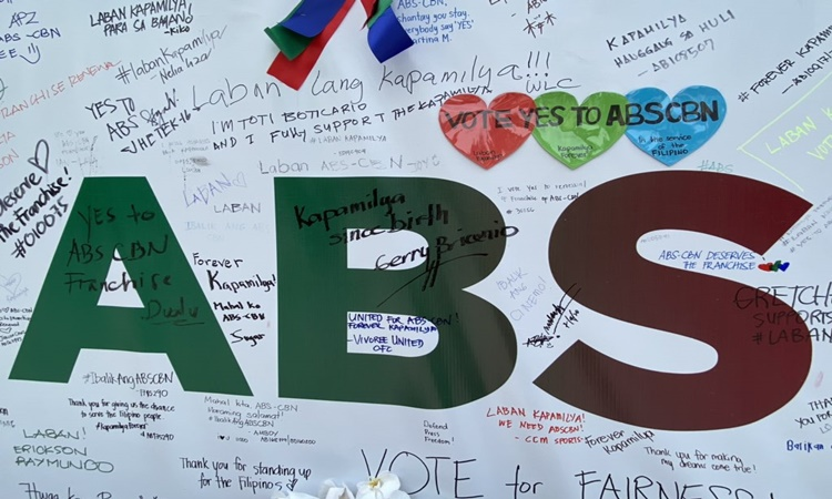 ABS-CBN-Freedom-wall-1