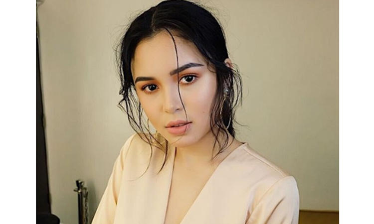 Claudia-Barretto-1