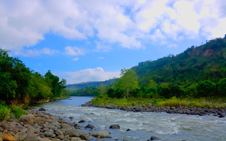 EXAMPLES OF PHILIPPINE RIVERS