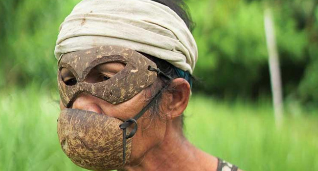 COCONUT SHELL AS FACE MASK