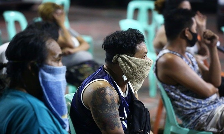 PH-government-Face-mask-poor