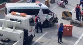 Ambulance Crashes Into Concrete Barrier In EDSA – VIDEO