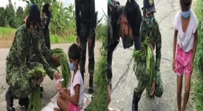 Generous Cops Buy All Vegetables From Young Girl in Camarines Sur