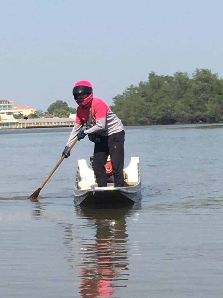Delivery Rider Use Boat