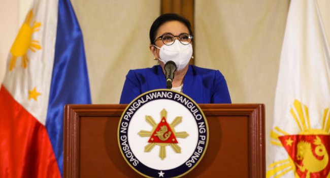 Robredo Qualified For Vaccine But Won't Get Inoculated Yet