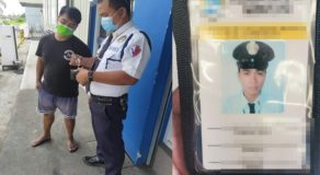 Honest Man Working as Security Guard & Delivery Rider Returns Lost Wallet
